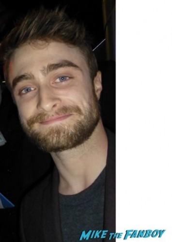 Daniel Radcliffe signing autographs for fans selfie 1