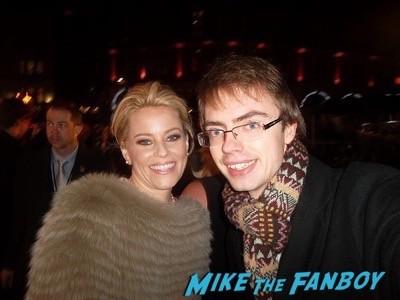 Elizabeth Banks signing autographs Hunger Games Mockingjay London Premiere Jennifer Lawrence signing autographs liam hemsworth 14