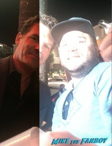 Josh Brolin photo flop signing autographs inherent vice premiere  2