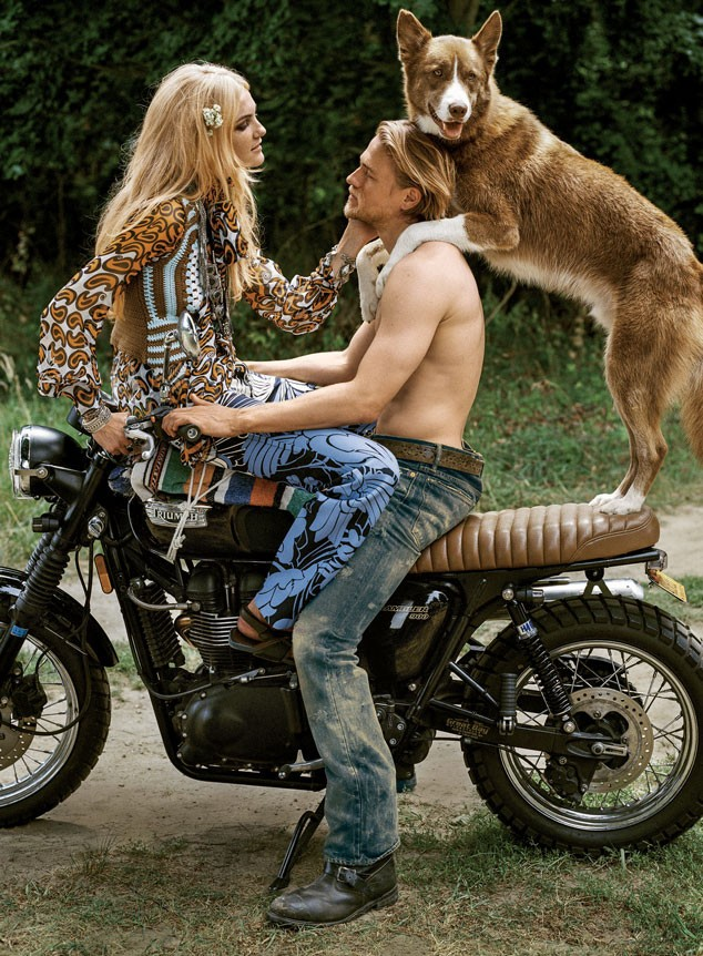 charlie hunnam shirtless photo shoot december 2014 issue vogue magazine abs