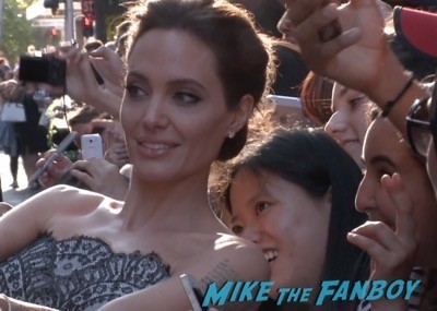 unbroken australian premiere angelina jolie brad pitt meeting fans 1