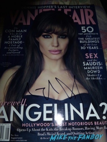 Angelina Jolie signed vanity fair magazine Signing autographs unbroken q and a 2