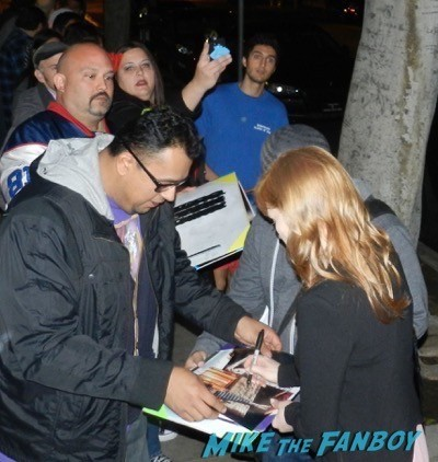 Jessica Chastain signing autographs interstellar q and a 2
