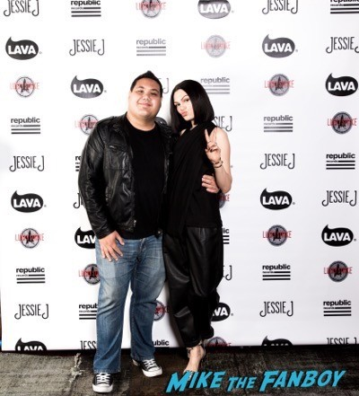 jessie-j-fan photo meet and greet lucky strike