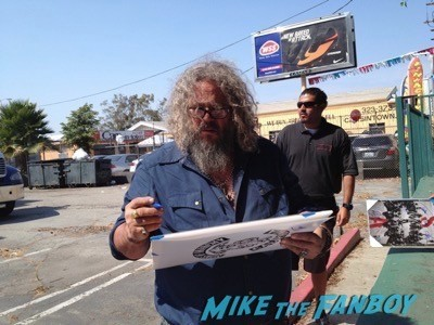 Mark Boone Jr. Sons of anarchy on location charlie hunnam signing autographs 15