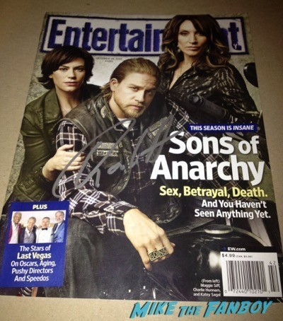 Sons of anarchy signed autograph poster on location charlie hunnam signing autographs 4