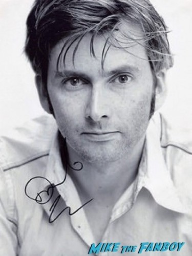 david tennant signing autographs what we did on our holiday premier e1