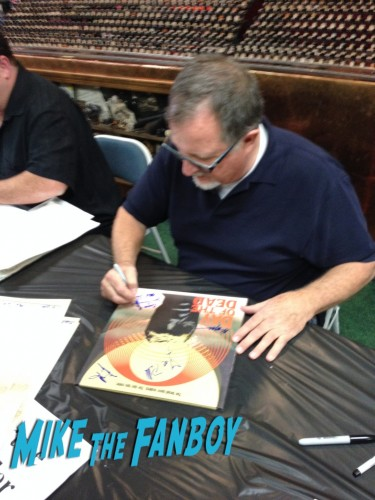 Day of the Dead Signing Zombie Walking Dead