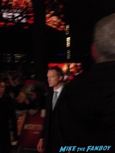 Paul Bettany fan photo Mortdecai UK Premiere johnny depp signing autographs 14