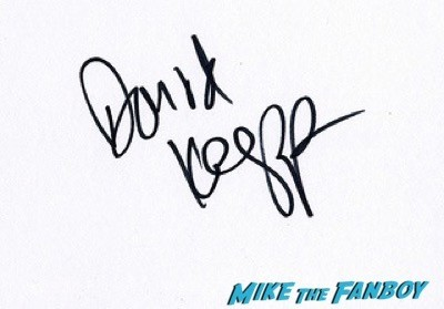 david koepp Mortdecai UK Premiere johnny depp signing autographs 15