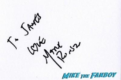 mark ronson Mortdecai UK Premiere johnny depp signing autographs 4