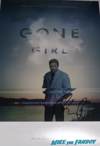 Rosamund pike autograph Signature signed gone girl