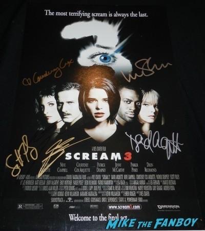 scream 3 cast signed mini poster courteney cox liev schrieber