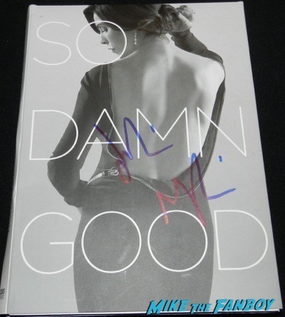 Julianna Margulies signed good wife promo