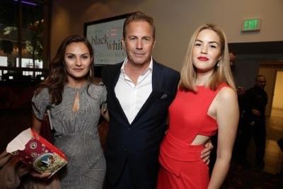 Annie Costner, Kevin Costner, Lily Costner