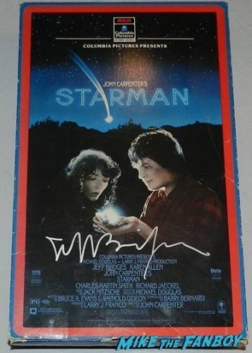 Jeff Bridges signed starman vhs counter standee box display
