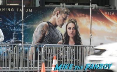 Jupiter Ascending movie premiere channing tatum mila kunis signing autographs 5