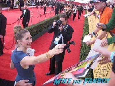 SAG Awards 2015 signing autographs for fans 53