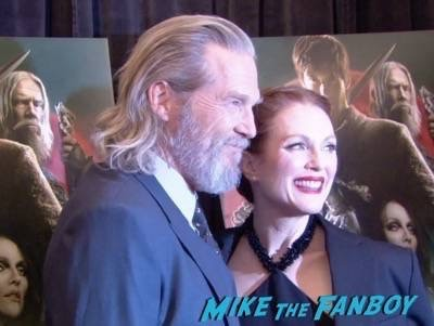 Seventh Son new york premiere red carpet jeff bridges julianne moore 13
