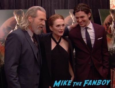 Seventh Son new york premiere red carpet jeff bridges julianne moore 6