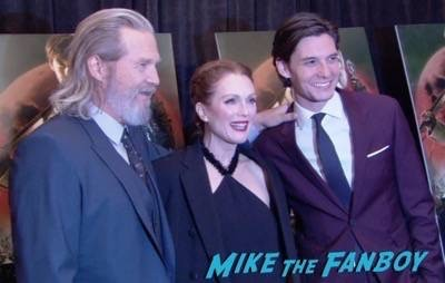 Seventh Son new york premiere red carpet jeff bridges julianne moore 9
