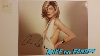 rosamund pike autograph photo signed