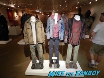 Warner Bros Harry Potter  prop and costume display musuem 6