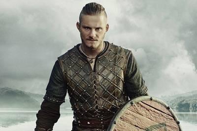 alexander ludwig vikings promo press photo