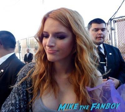 will forte bella thorne signing autographs jimmy kimmel live 2015 ID4 2