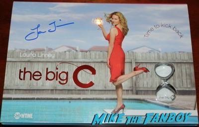 Laura Linney signed the big c season one press kit
