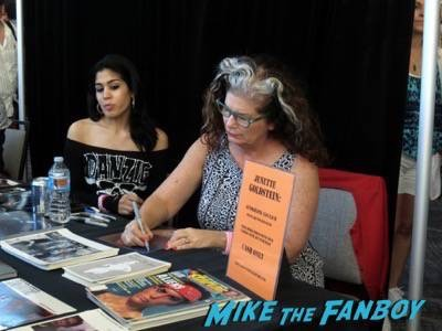Monsterpalooza 2015 autograph signing 12