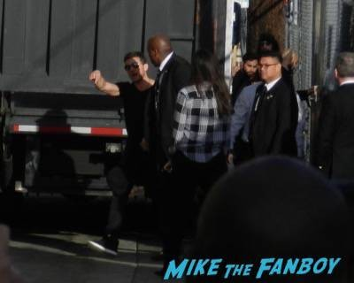 Ryan Phillippe jimmy kimmel live signing autographs 2015 1