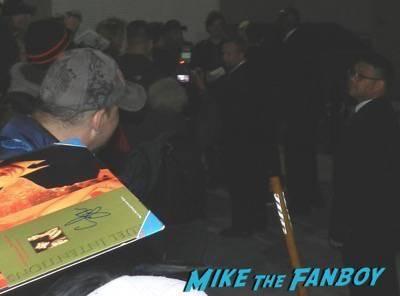 Ryan Phillippe jimmy kimmel live signing autographs 2015 1
