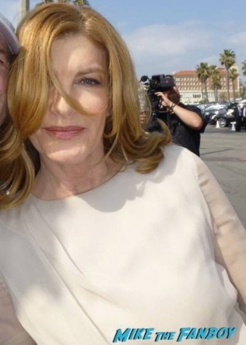 Rene Russo Spirit Awards 2015 Rene Russo Jena Malone signing autographs 5