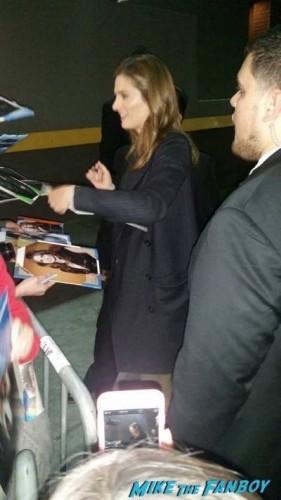Stana Katic signing autographs jimmy kimmel live 2015 1
