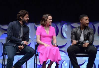 ANAHEIM, CA - APRIL 16: (L-R) Actors Oscar Isaac, Daisy Ridley and John Boyega speak onstage during Star Wars Celebration 2015 on April 16, 2015 in Anaheim, California.  (Photo by Alberto E. Rodriguez/Getty Images for Disney) *** Local Caption *** Oscar Isaac;Daisy Ridley;John Boyega