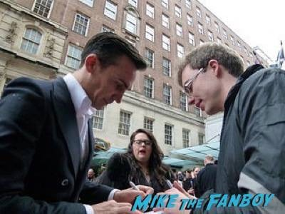 Henry Lloyd Hughes Empire Awards Red Carpet Signing autographs henry Cavill simon pegg 49