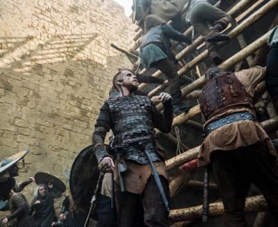 Floki (Gustaf Skarsgard) Rollo (Clive Standen) vikings to the gates episode 8