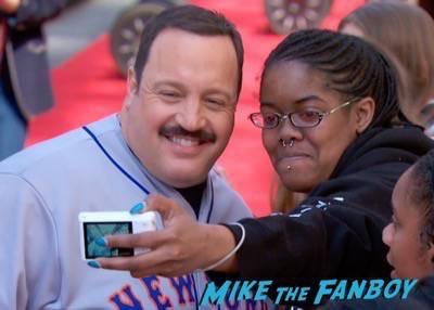 Paul Blart mall cop 2 movie premiere kevin james signing autographs 6