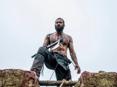 Rollo (Clive Standen) shirtless naked vikings