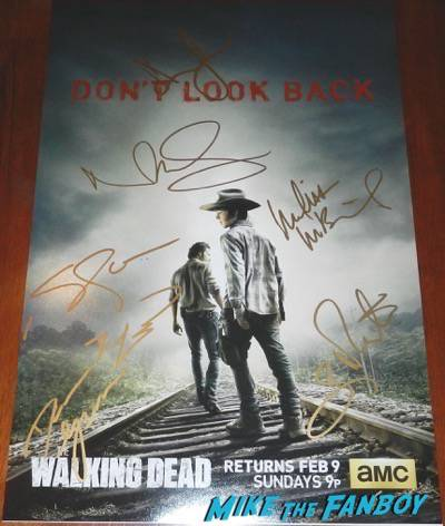 The Walking Dead cast signed mini poster season 4 andrew lincoln melissa mcbride signed autograph
