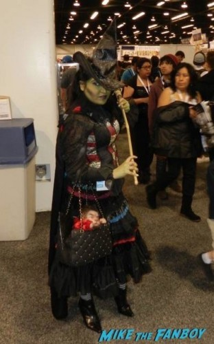 Wondercon 2015 Cosplay ash walking dead muppets 9