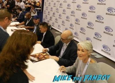 batman vs robin signing Wondercon day 1 batman vs robin signing capcom fox fanfare 29