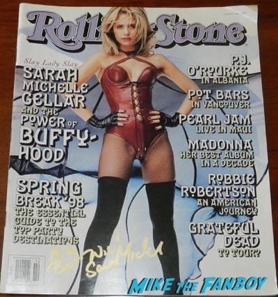 sarah michelle gellar signed autograph rolling stone magazine 1998
