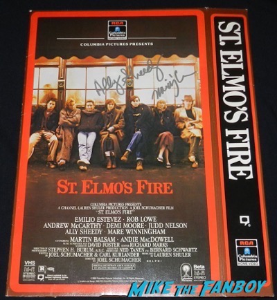 st. elmos fire counter stand mobile vhs Mare Winningham now fan photo signed autograph 2
