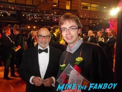 David Suchet Second Best Exotic Marigold Hotel – World Premiere signing autographs1