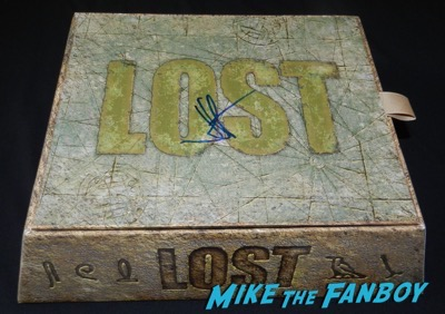 jj abrams signed LOST box set dvd