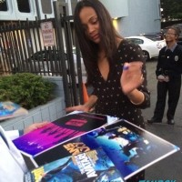 zoe saldana signing autographs q and a signed rare 1