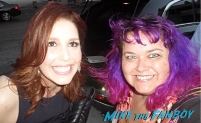 Vanessa Bayer  selfie fan photo SAturday night live star selfie 5