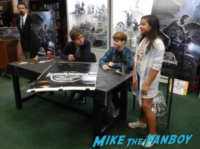 Ty Simpkins And Nick Robinson jurassic world poster signing autograph 3